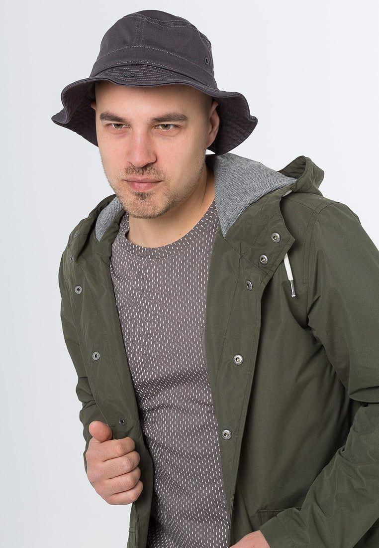 ¡Consigue este tipo de sombrero básico de Camel Active ahora! Haz clic para  ver c6e03b25cac