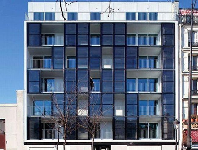 Edificios placas solares locales y viviendas buscar con - Casas con placas solares ...