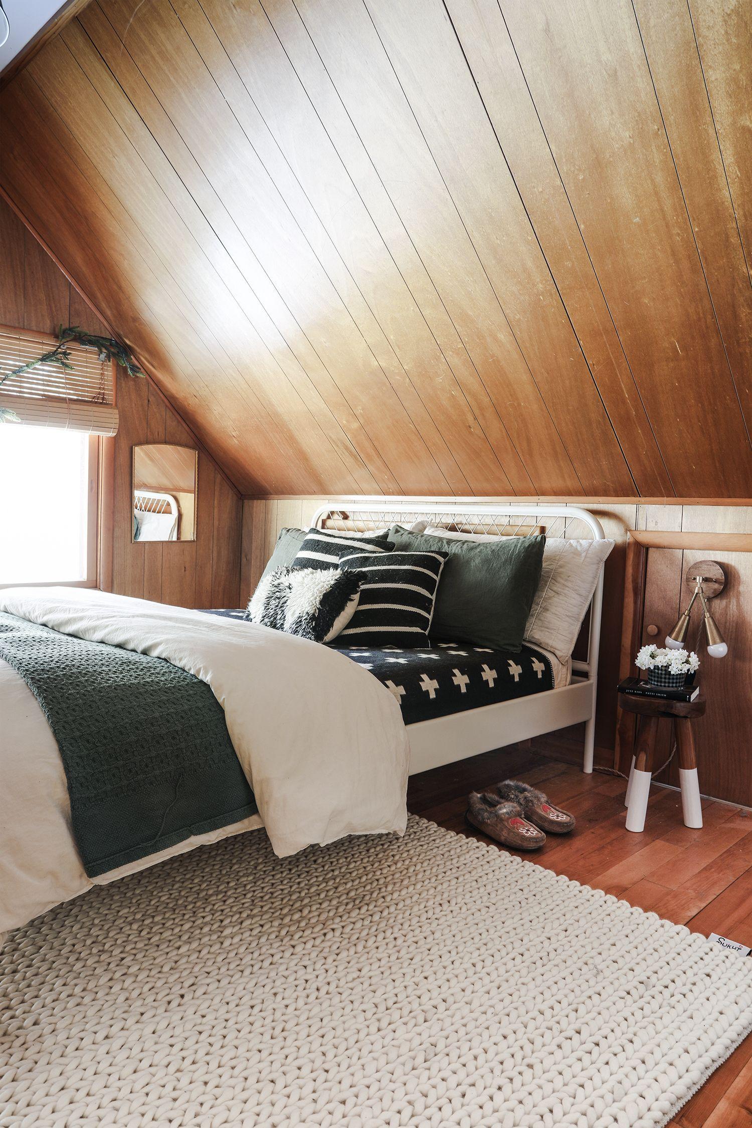 Reveal Cabin Bedroom A Special Rug Cabin Bedroom White Metal Bed Frame Cozy Room