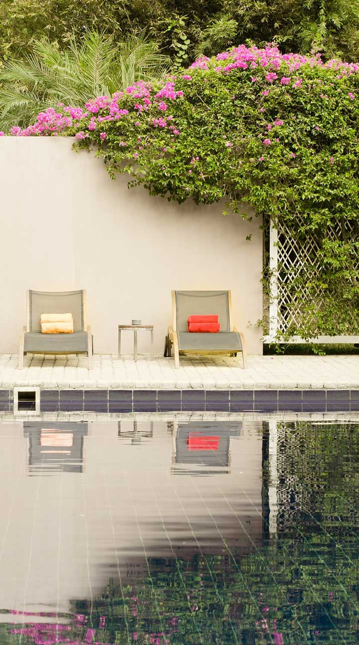 After a morning of lawn games, cool off with a refreshing swim in the L-shaped pool. #Indistay | Maya, Sri Lanka