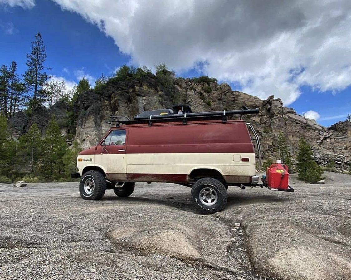 Pin by Dale Mann on 4x4vans in 2020 Cool vans, 4x4 van