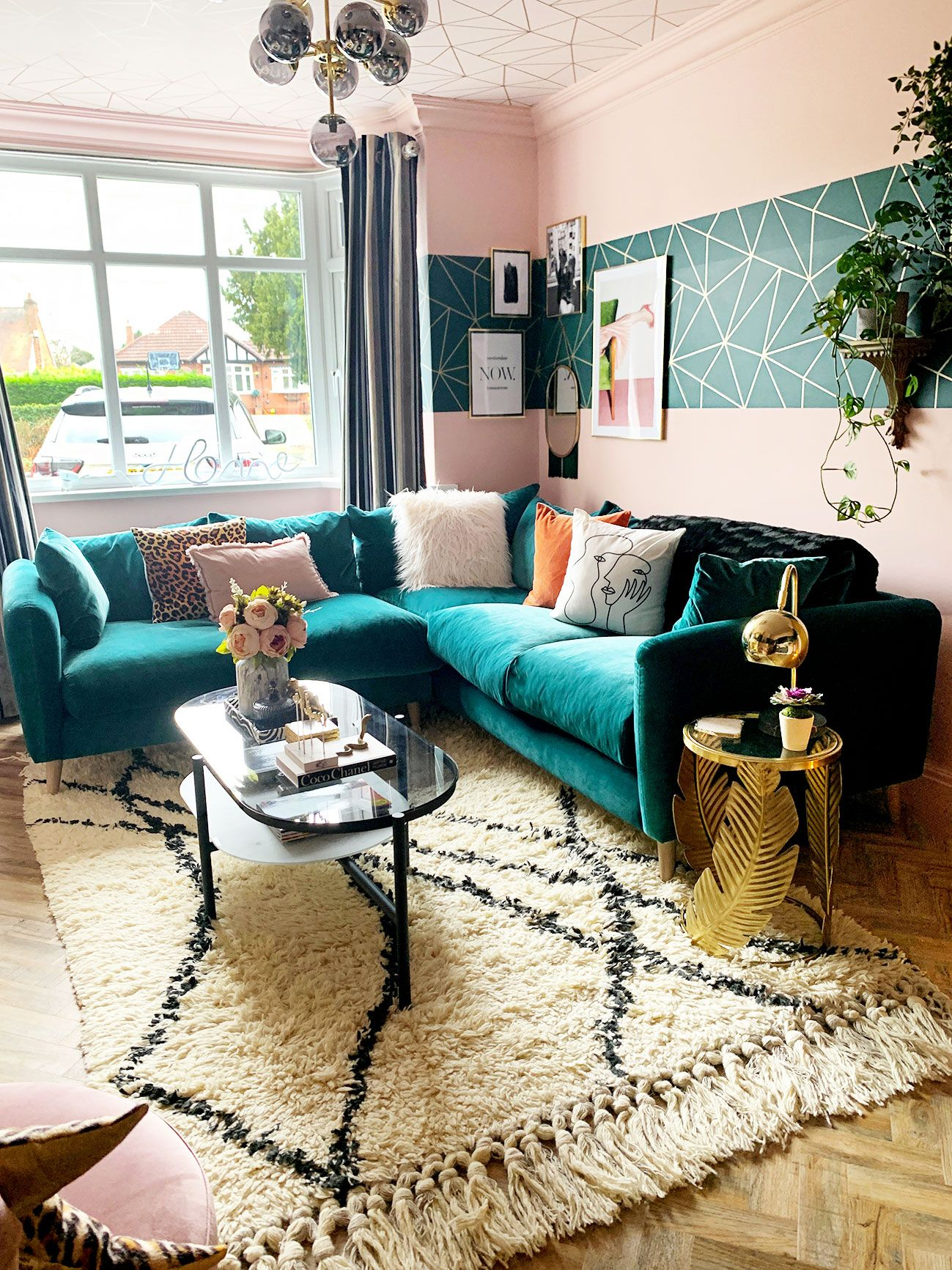 Glamorous Eclectic Living Room Renovation Using Colour And Pattern Caradise Eclectic Living Room Gold Living Room Living Room Turquoise