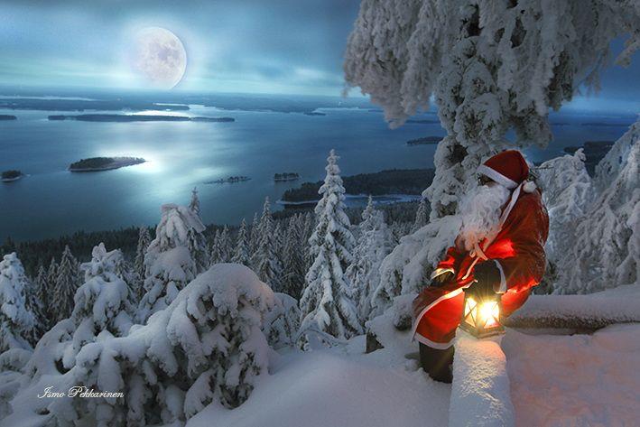 Photo Ismo Pekkarinen.Joulupukki Kolilla.Santa claus in Koli. #koli #joulu #joulupukki #santaclaus #christmas #winter #kuu #moon