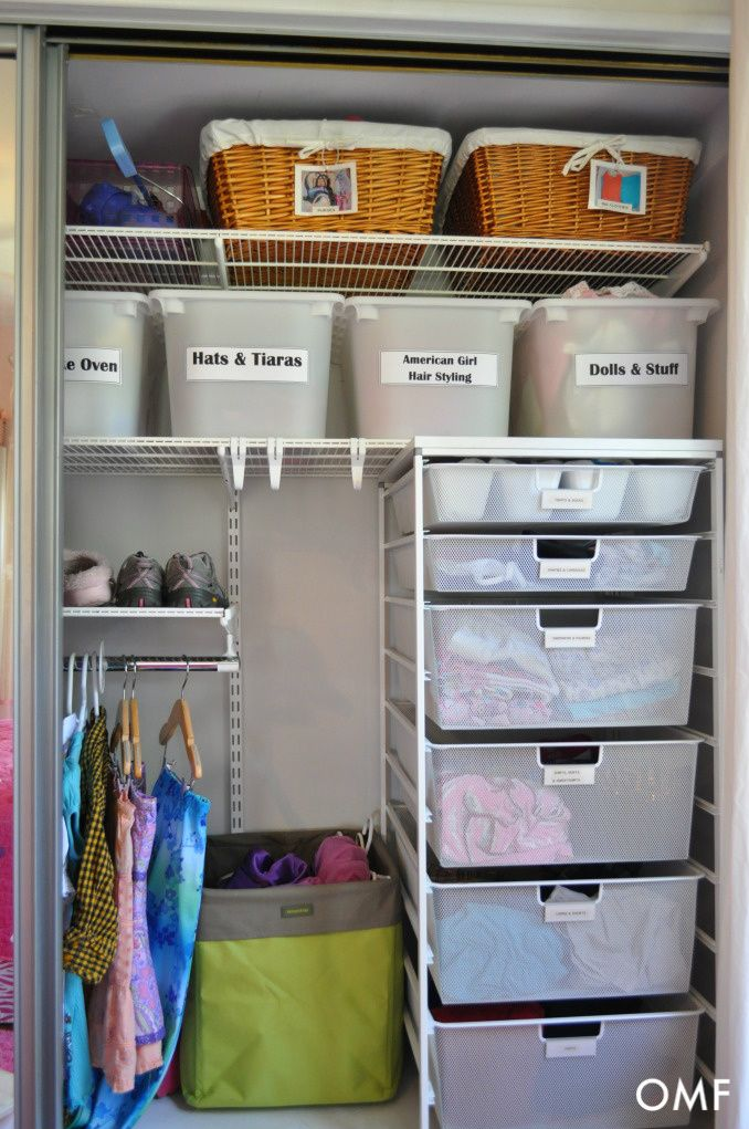 My goals this month is to get the kid's rooms organized!  Love all these tips for kids' rooms from Organizing Made Fun