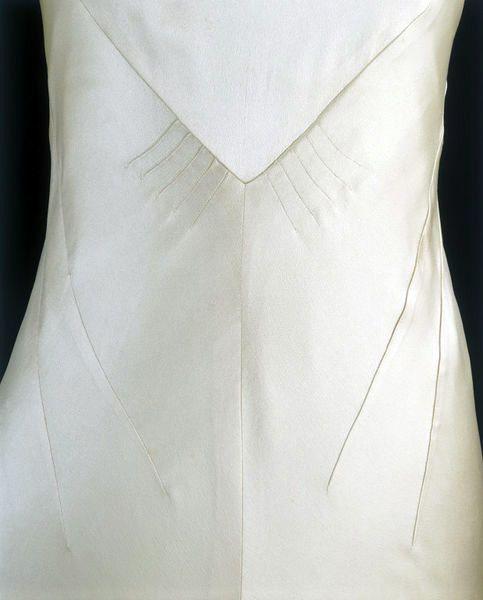 Charles James - Couturier - Robe de Mariée - Satin de Soie et Tour de Cou en Fleurs d'Oranger Articielles - 1934