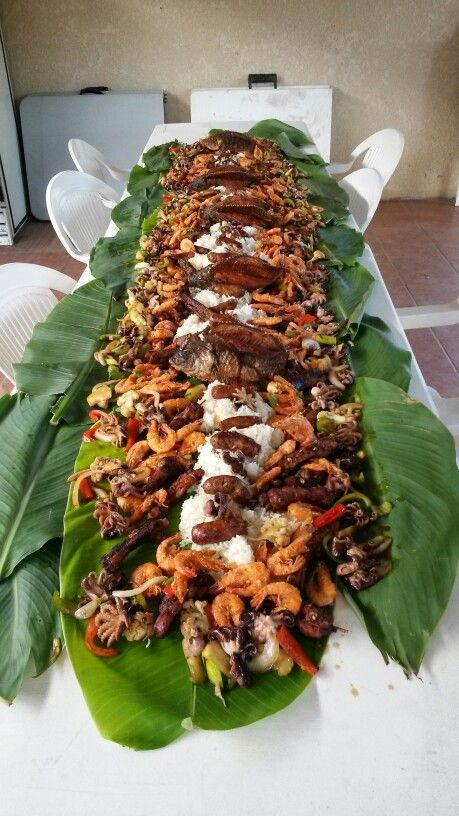 Boodle Fight Boodle Fight Food Presentation Boodle Fight Party