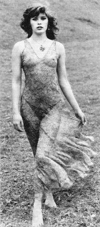 Laura käfer nackt