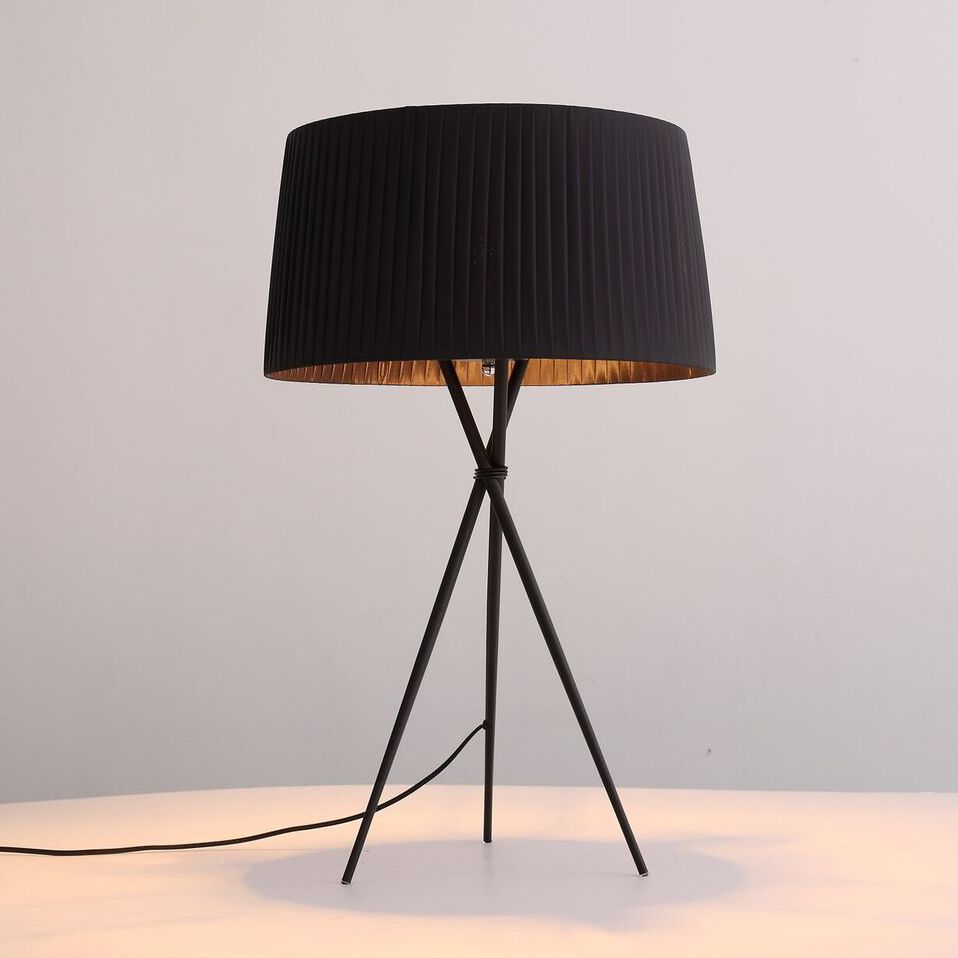 Paige Table Lamp In Black Shade By Whiteline Table Lamp Lamp Black Table Lamps