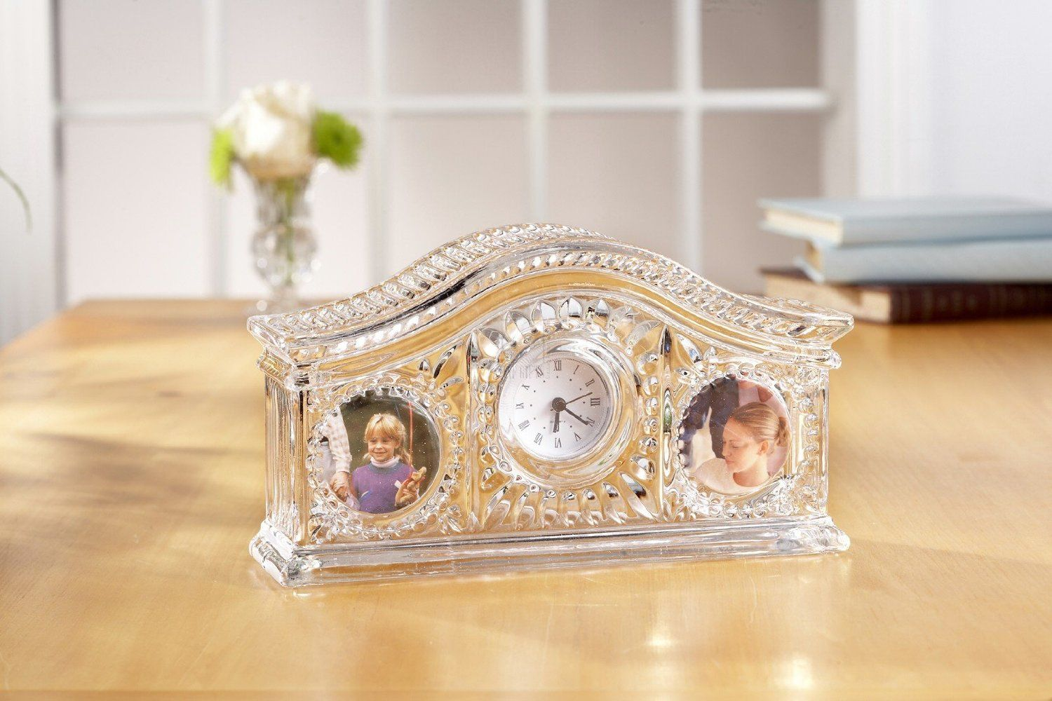 Fifth Avenue Crystal Picture Frame Desk Clock 32.00