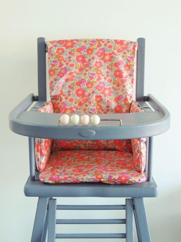 Coussin De Chaise Haute En Liberty Enduit Liberty Demeure Des Anges Coussin Chaise Haute Coussin Chaise Chaise Haute