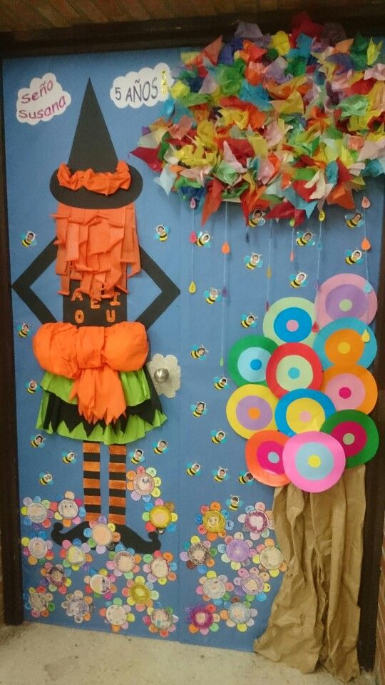 Puerta decorada tvor me pinterest puertas decoradas for Decoracion primavera infantil