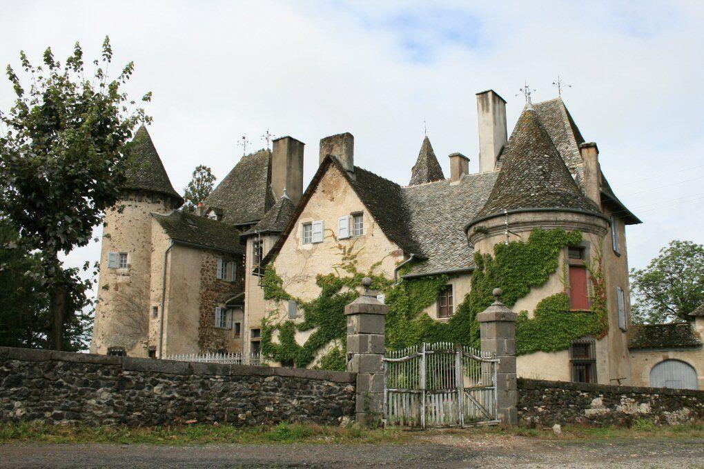 château de Lamartinie. Ytrac. Auvergne   Châteaux: Auvergne   Pinterest