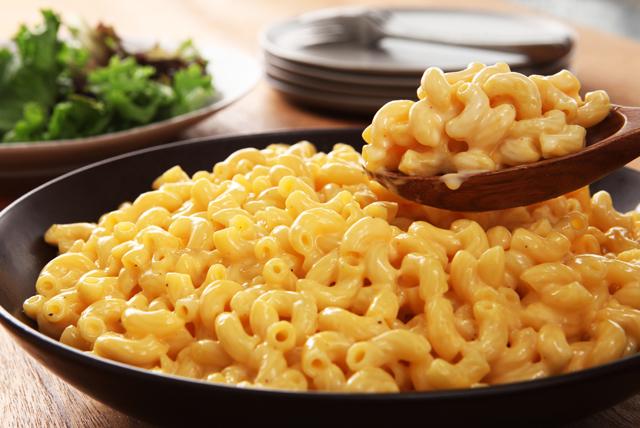 VELVEETA Ultimate Macaroni and Cheese - Crockpot Mac And Cheese Recipe -