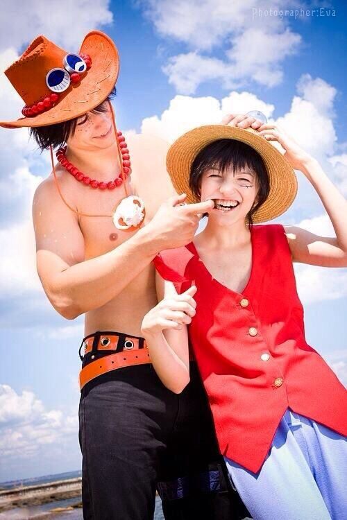 One Piece Cosplay Luffy And Ace Cosplay Pinterest One Piece