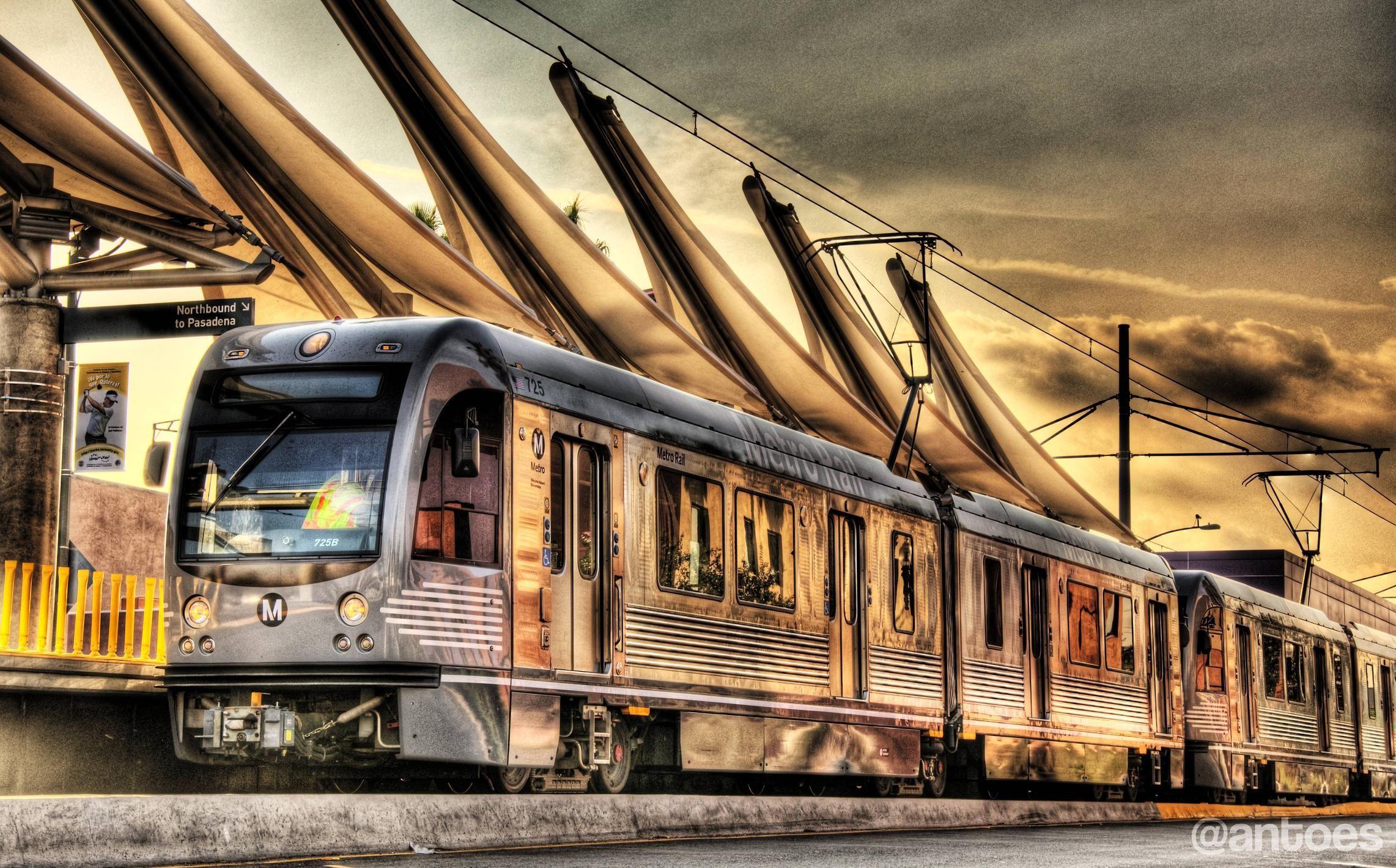 Imgur Train Truck Travel Around The World Light Rail