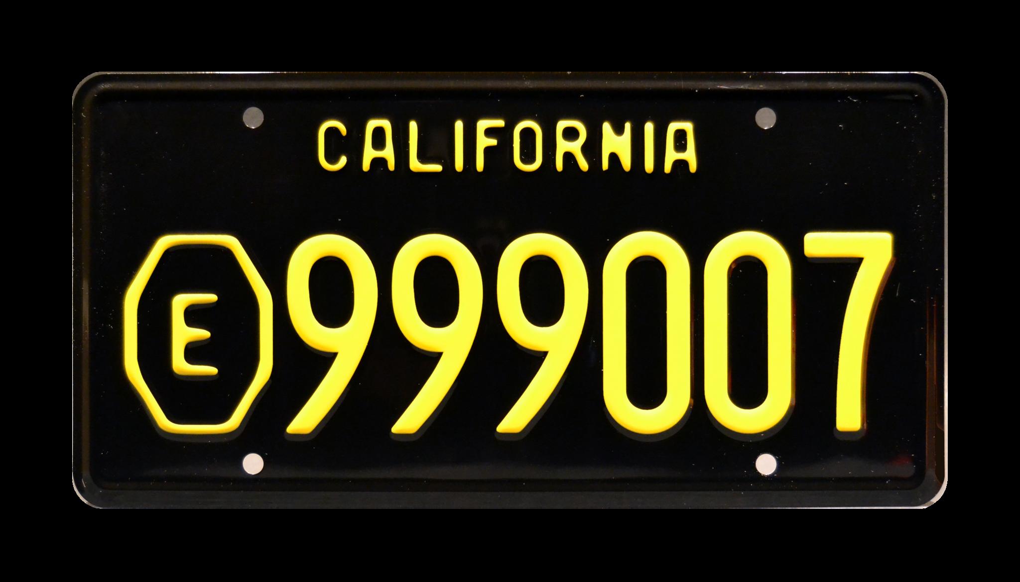 Los Angeles s99821 Blade Runner 2049 Metal Stamped Vanity Prop License Plate Ryan Gosling Officer K/'s Spinner