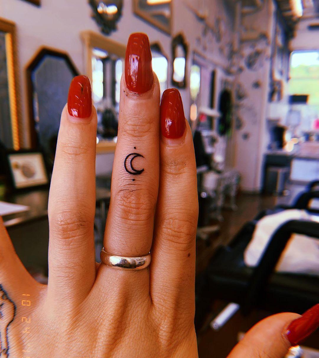 50 tatuagens Tumblr que vão te fazer querer marcar a sua