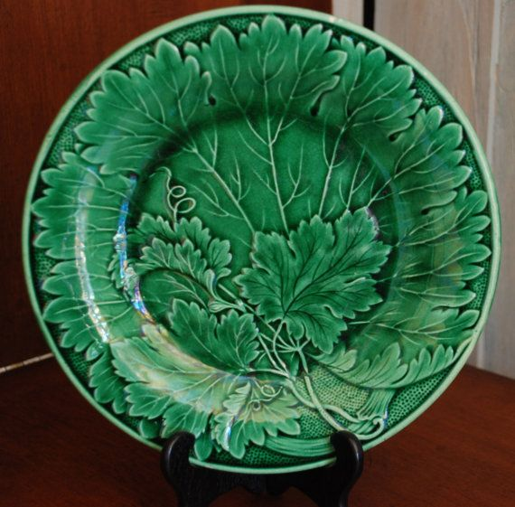 Green Antique Majolica Vine Leaf Plate Collections