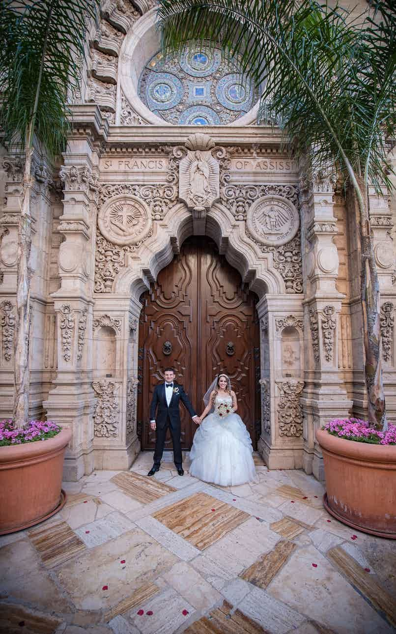 The Mission Inn Hotel And Spa And Other Beautiful Riverside Wedding Venues Compare Info And Prices Mission Inn Riverside Weddings Wedding Southern California