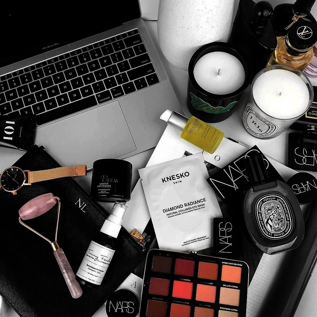 With Love Makeup beauty flatlayInstagram From Luxe With Love Makeup beauty flatlay random wallpaper  Tumblr dos and donts made easy landscape camera for begin...