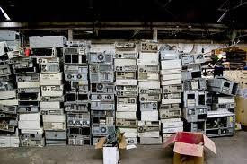 Imágenes de basura electrónica.