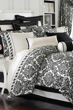 Black Damask Bedding Set -- This is sooooooooooooo me.