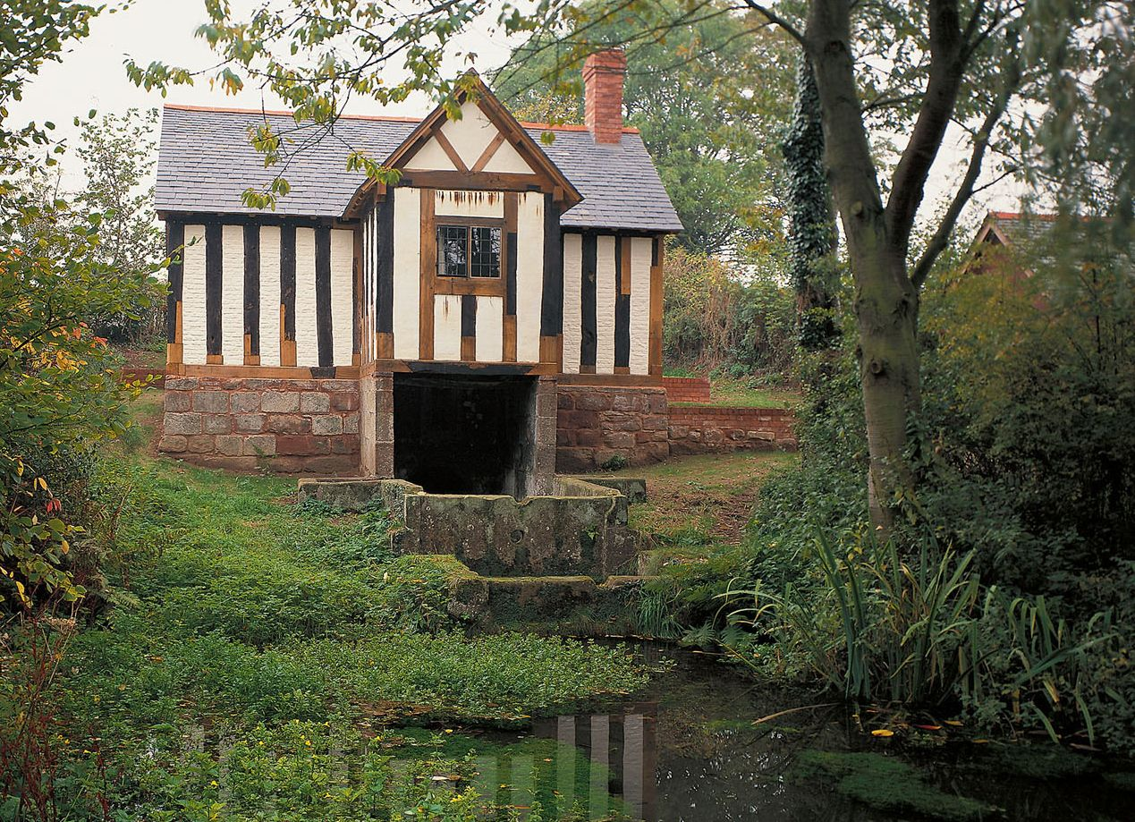 26   Cool medieval cottage in the for Medieval Cottage In The Woods  193tgx