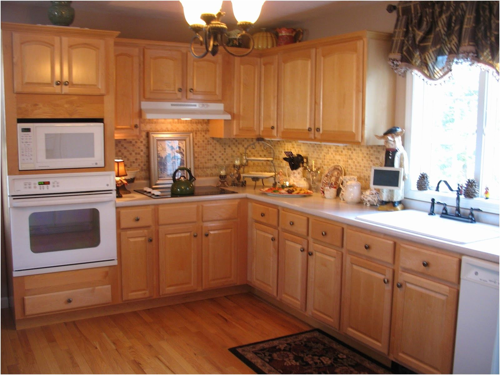 2019 Kitchens With White Appliances And Oak Cabinets Kitchen Cabinets Countertops Idea Used Kitchen Cabinets Cost Of Kitchen Cabinets Wooden Kitchen Cabinets