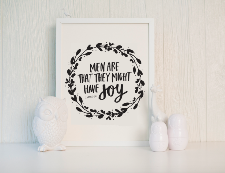 so many amazing printables! LDS quotes, gift tags, inspirational...