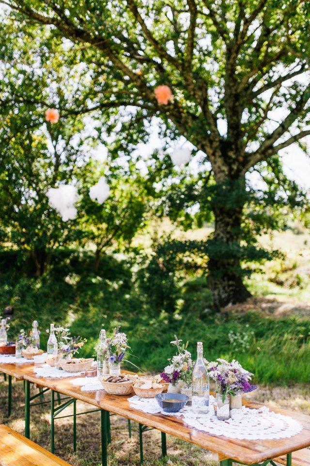 Trouwen In De Lente Inspiratie Voor Een Lente Bruiloft Tuin Bruiloft Bruiloft Camping Bruiloft