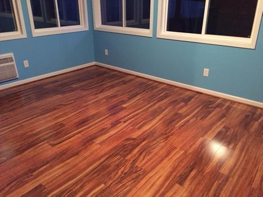 Pergo Xp Hawaiian Curly Koa 10 Mm T X 4 87 In W X 47 87 In L Laminate Flooring 13 1 Sq Ft Case Lf000340 The Home Depot Inexpensive Flooring Flooring Floor Colors