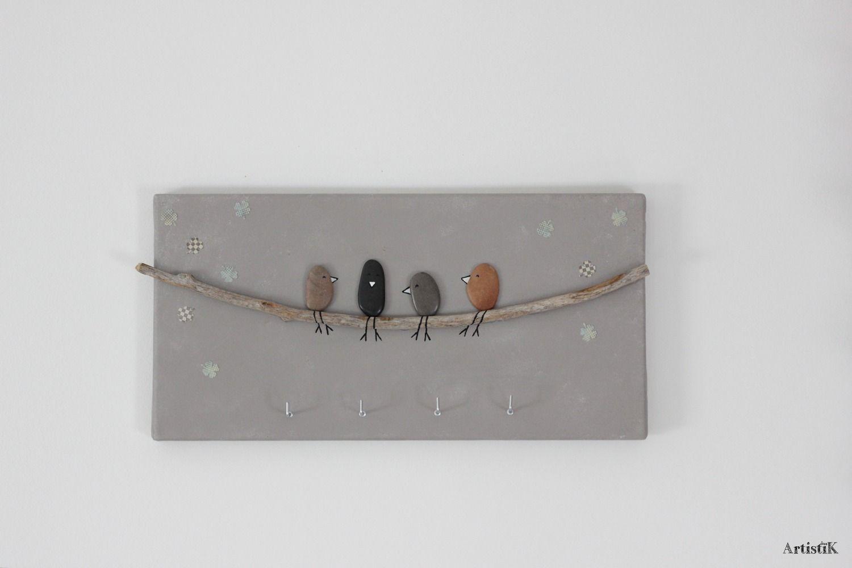 Tableau porte cl s galets oiseaux bois flott fond taupe for Tableau bois flotte
