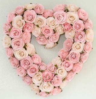 Glenna Jean Rosebud Heart Wreath