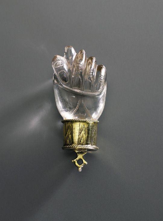 Amulet Neidfeige (Fica), protection against anything evil, 1500. Rock Crystal, Silver, gilded. Germany. Kunstgewerbemuseum Berlin  Stefan Büchner