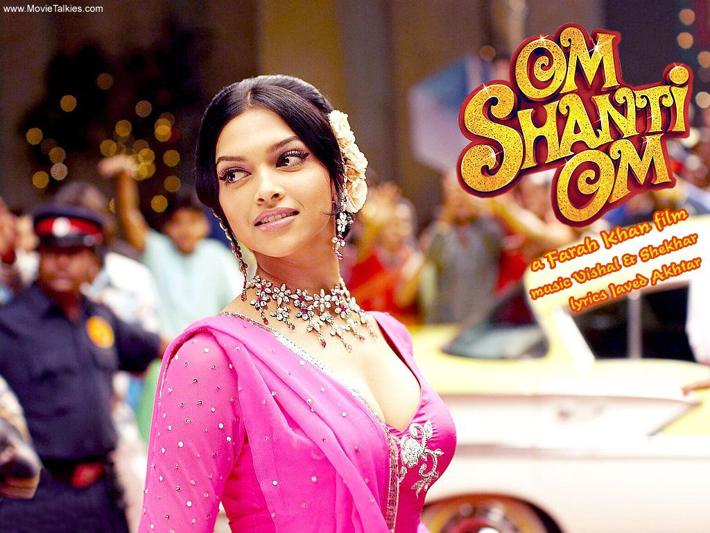 One Of My Top 3 Om Shanti Om Deepika Padukone Looks Really Nice In This Movie Bollywood Celebrities Bollywood Actress Deepika Padukone Hair