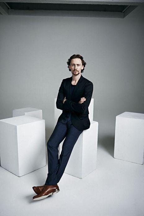 Tom_Hiddleston_by_David_Venni_1.jpg