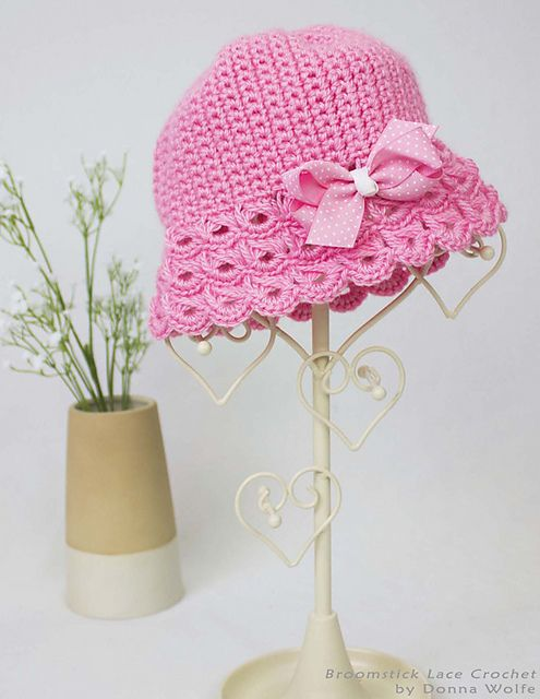 Ravelry: Broomstick Lace Baby Hat pattern by Naztazia | 編み物 ...