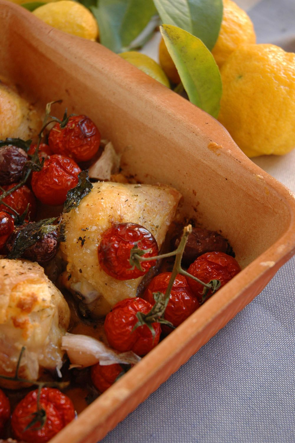Mediterranean Chicken with Feta and Olives Easy cooking