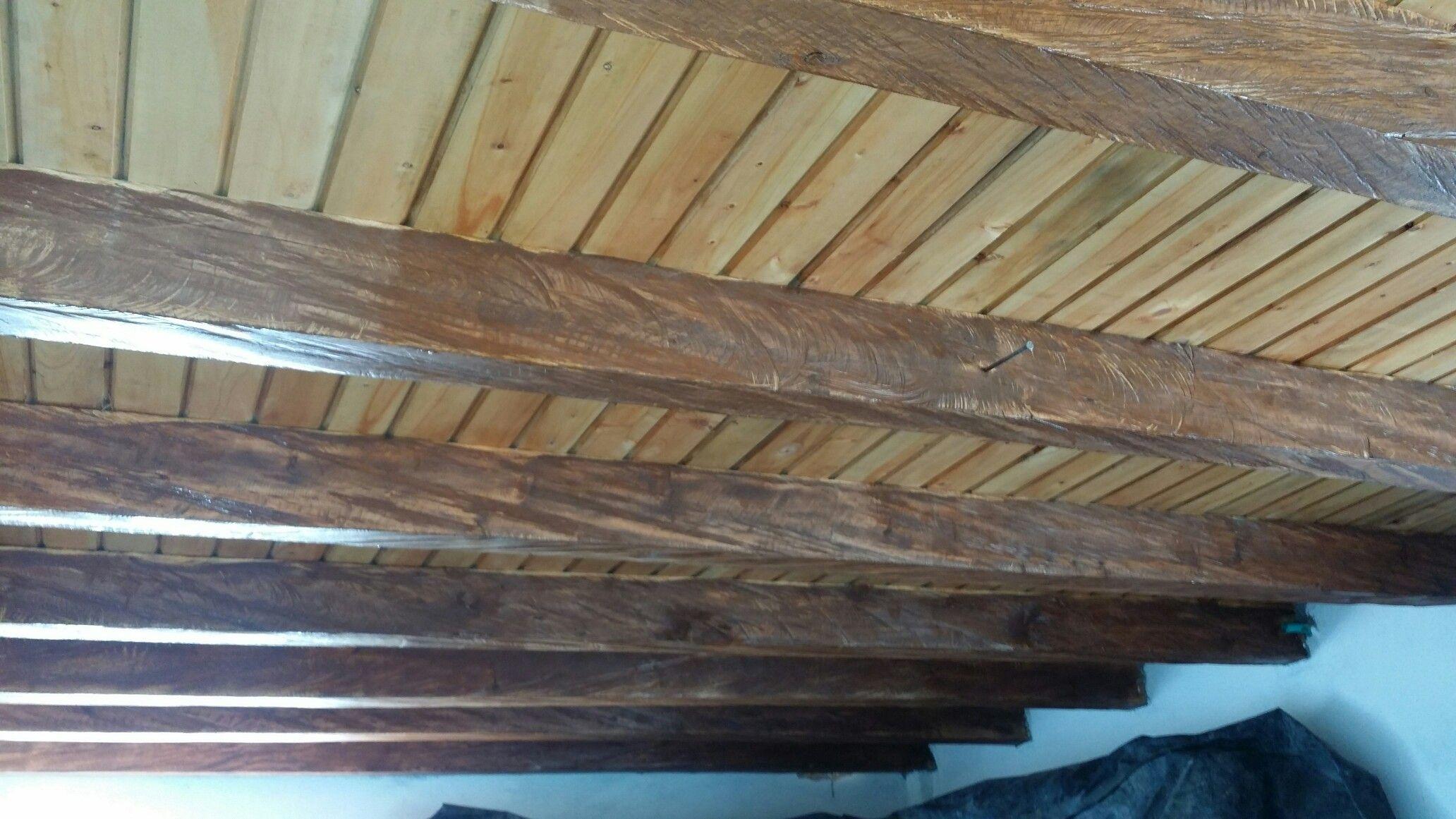 Pintura de techos en madera