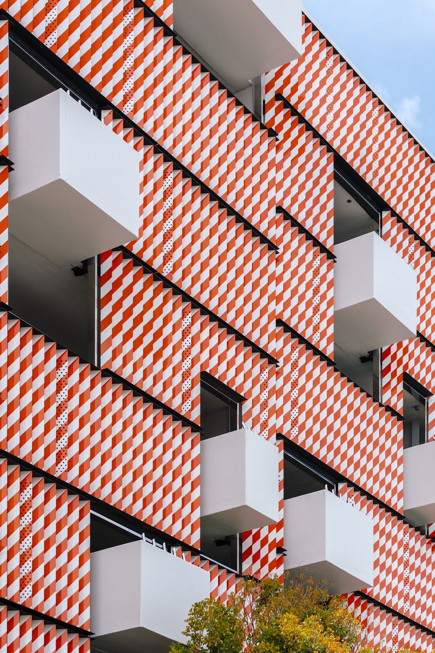 Miami Museum Garage Workac Nicolas Buffe Clavel Arquitectos K R And J Mayer H Architects Arch2o Com Mimari