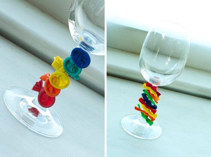 Tafeldecoratie communiefeest glazen creatief met ballonnen for Ballonnen decoratie zelf maken