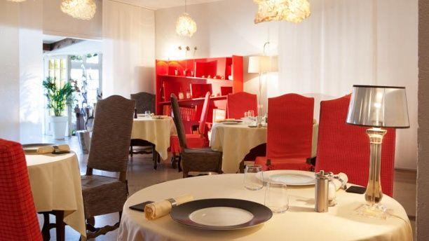 La Table Des Blot Auberge Du Chateau 1 Grande Rue 78720 Dampierre En Yvelines Restaurant Restaurants Hotellerie