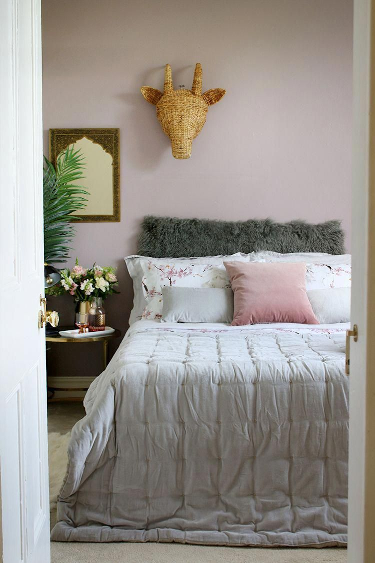 guest bedroom with pink and grey bedding how to create the perfect guest bedroom on grey and light pink bedroom decorating ideas id=72735