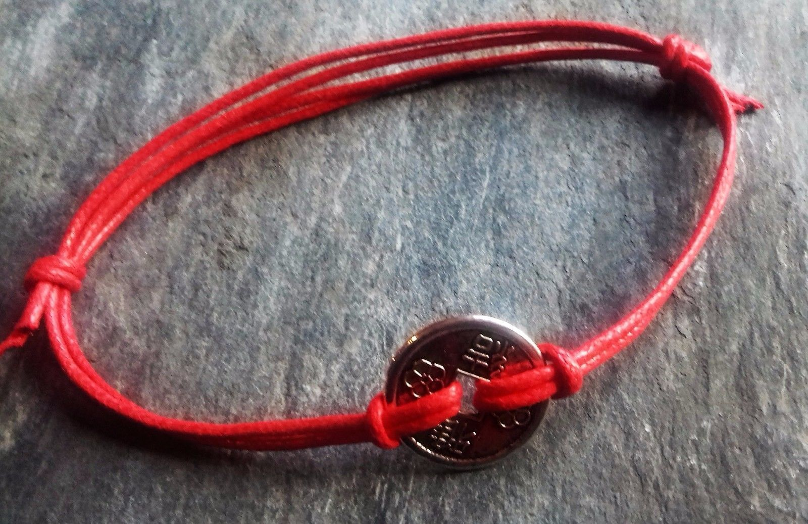 Red Cord String Chinese Lucky Coin Adjustable Bracelet Anklet*Health*Wealth* - https://www.trolleytrends.com/?p=611942