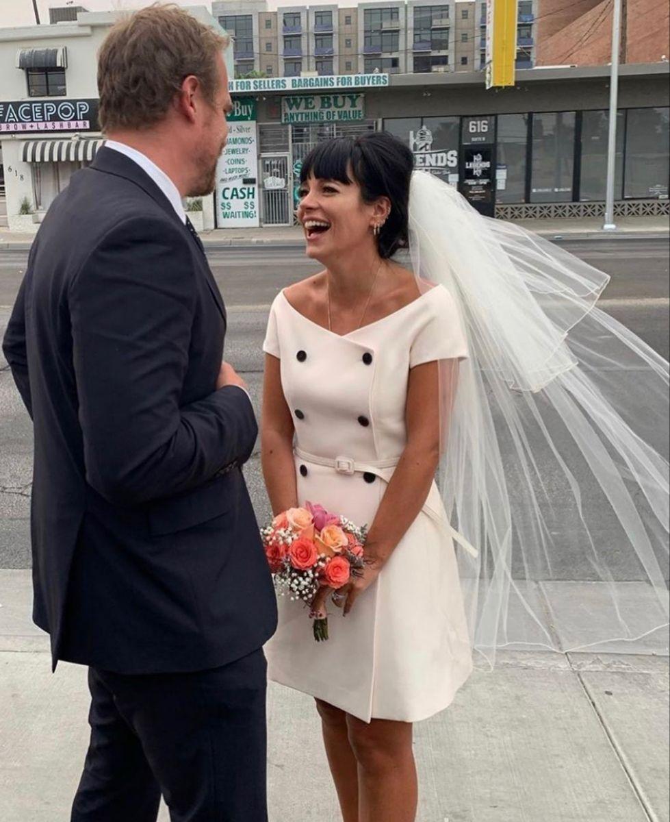 Pin By Stephanie Khouy Capaccetti On Wedding Bell E S Dior Wedding Dresses Celebrity Bride Short Wedding Dress [ 1200 x 979 Pixel ]