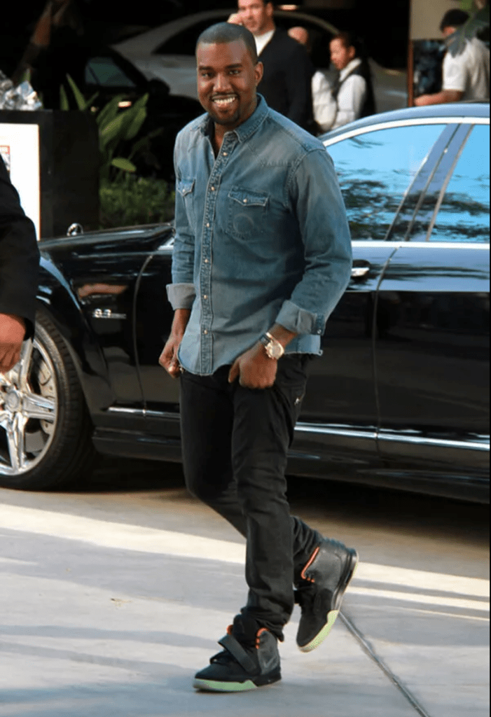10 Classic Men Nike Sneakers Must Haves Itanndy In 2020 Kanye Fashion Kanye West Kanye West Style