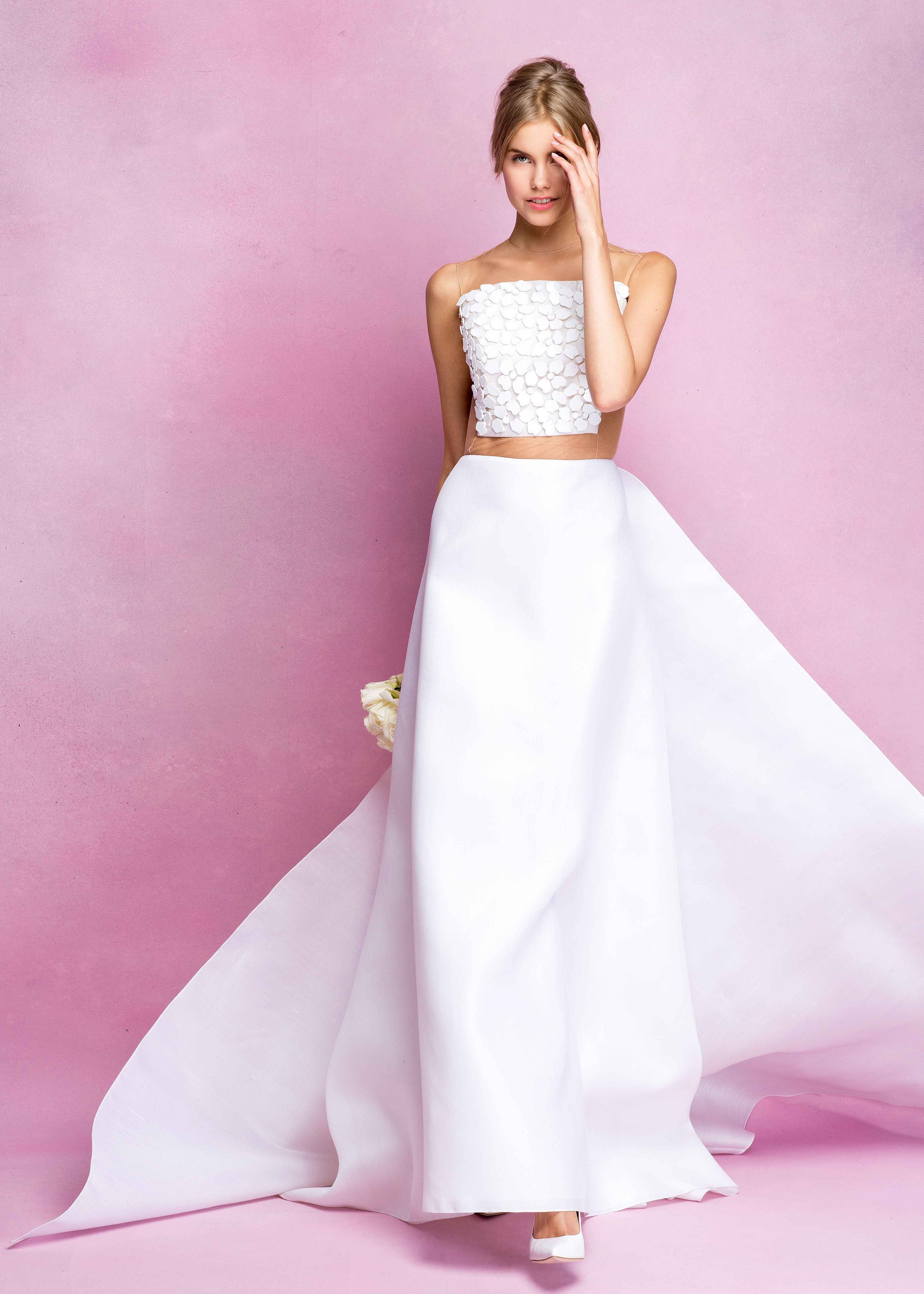 Crisp Gowns with Floral Details by Angel Sanchez Fall 2016 | Pinterest