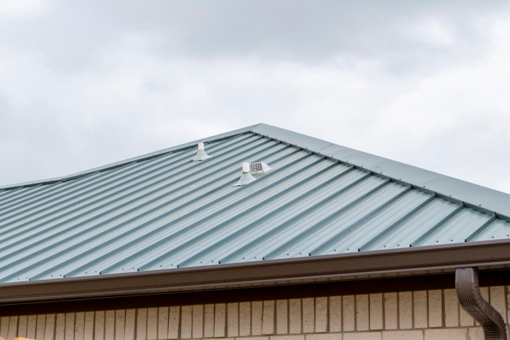 Deep Green Mueller Metal Roofing Photo Gallery Mueller Inc Metal Roof Corrugated Metal Roof Roofing