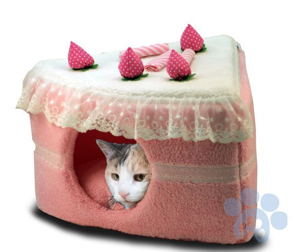 Kitty Cake Pet Bed Condo and Pup Cake Dog House by KittyPupCakeBed