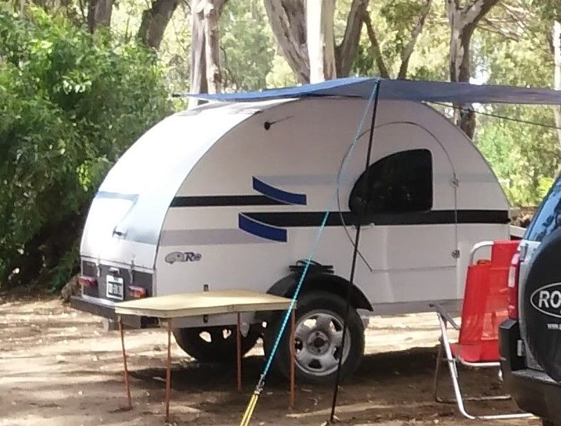 Camper artesanal 100 Teardrop trailer, Camping trailer